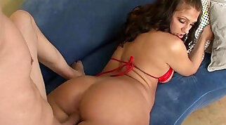 MILF sex videos XXX with genuinely horny mommies & more